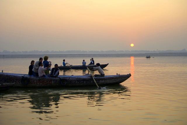 Восход над Гангом