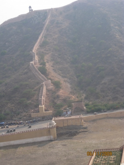 Почти Китайская стена в Форте Амбера