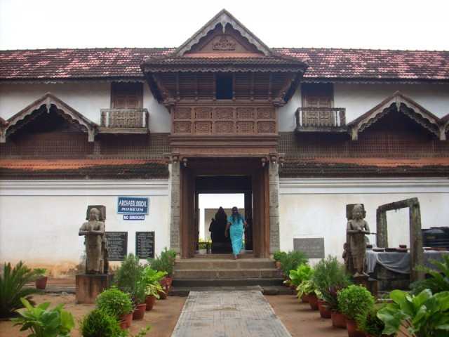 Дворец Падманадхапурам (Тамилнаду)