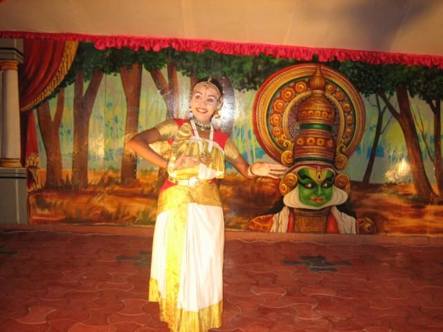 Концерт индийского танца в нашем отеле