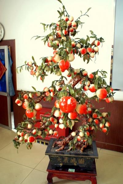 Нефритовый персик способствует спокойствию и гармонии