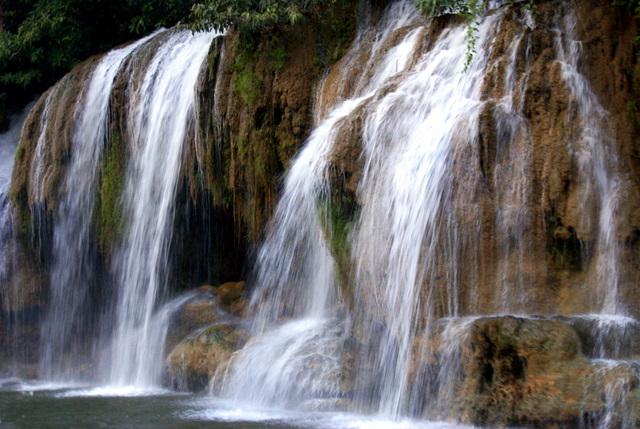 Водопады Качананбури