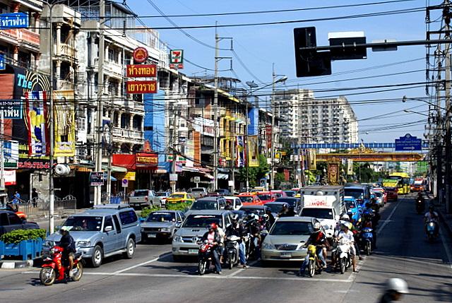 В столице сосредоточено 80% автопарка Таиланда