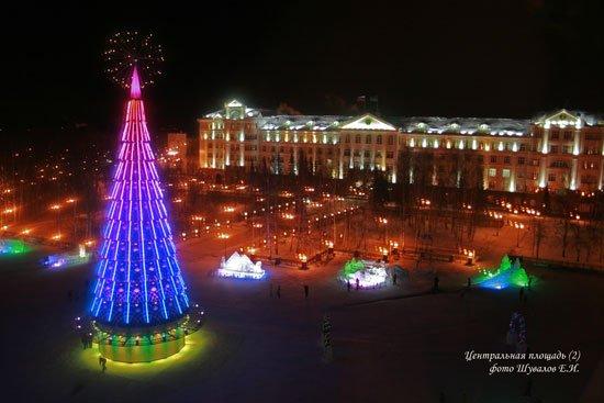Центральная площадь в новый год
