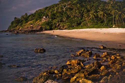 Дикий пляж на Ланте-2