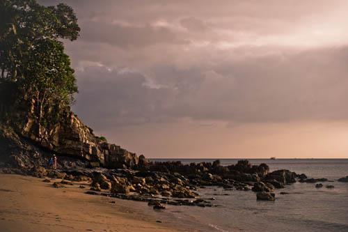 Дикий пляж на Ланте-3