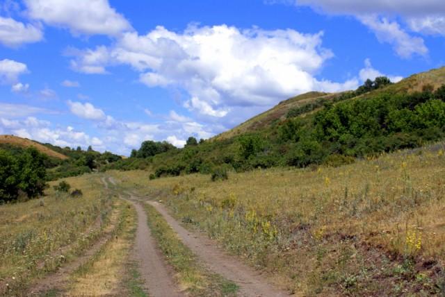 Дорога – непременная часть пейзажа