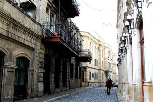 по улицам Старого города