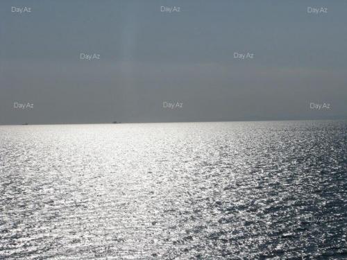 Каспий.....лучи солнце еще прекраснее ее делают