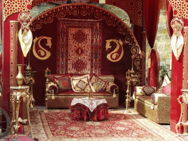вот так выглядят у нас помещение где проводятся мехнди для невест