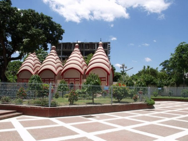Ðhakeshshori Jatio Mondir (Dhakeshwari National Temple) Hindu temple