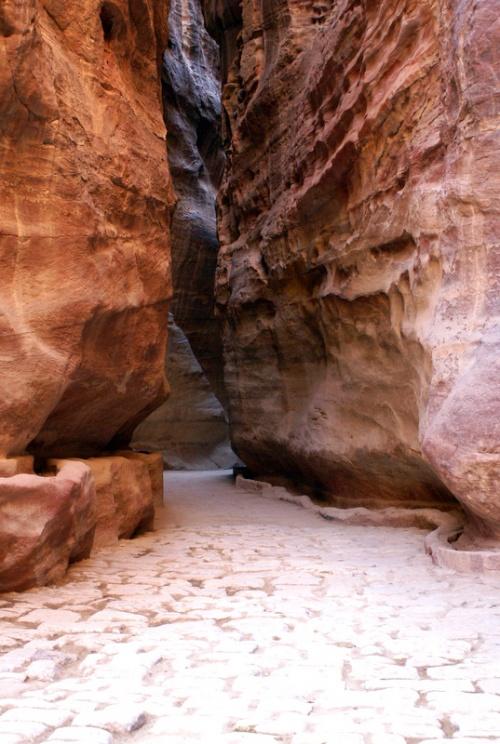 Ущелье Зик протянулось на 1 км