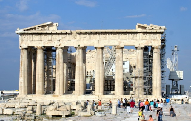 Выдающийся памятник древнегреческого зодчества - Парфенон