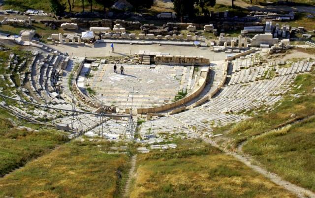Театр древнегреческой драмы помнит спектакли великих драматургов Эсхила, Софокла, Аристофана