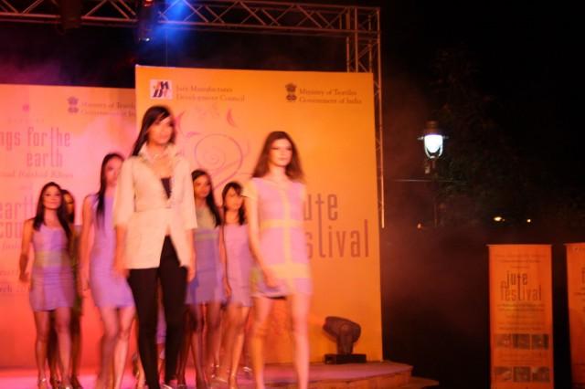 Фестиваль джута в Dilli Haat