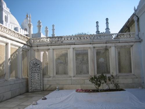 Могила Аурангзеба в Хулдабаде