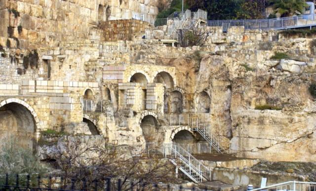 «История Иерусалима записана на крови и в камне…»