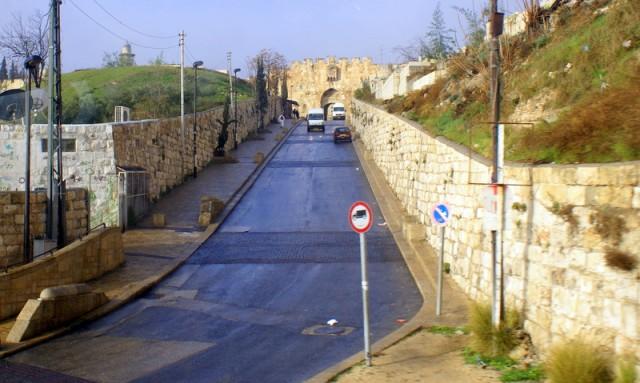 Дорога в Старый город
