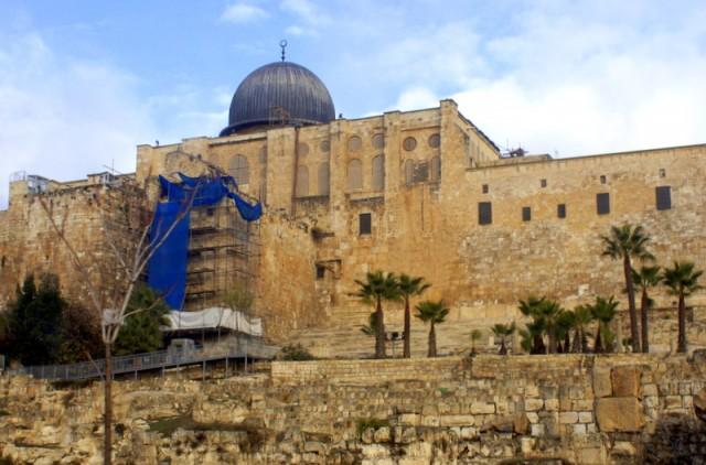 Мечеть Эль-Акса  была построена в 705-714 годах
