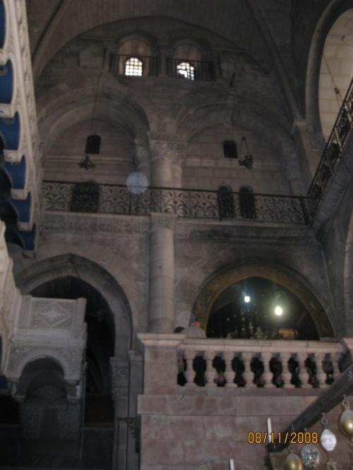 Внутри Храма - Голгофа