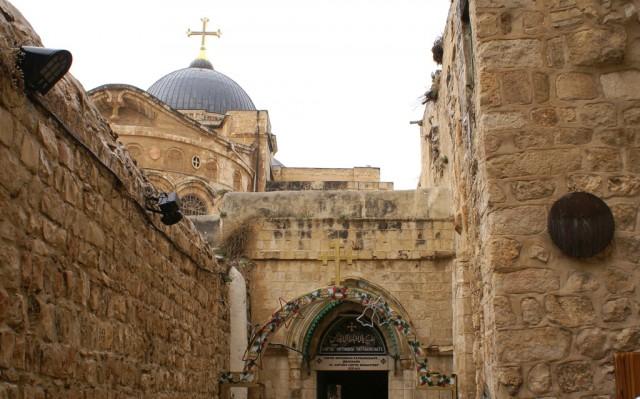 9 остановка – место, где Иисус упал в третий раз