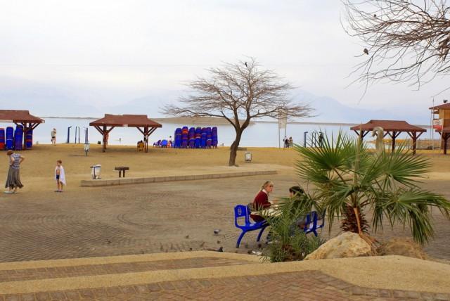 На берегу Мертвого моря