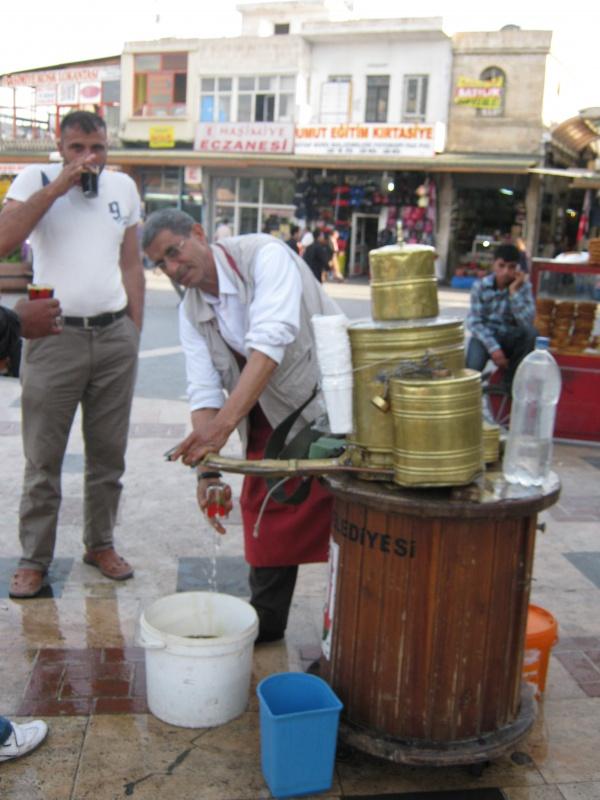 Продавец щербета – очень полезного напитка