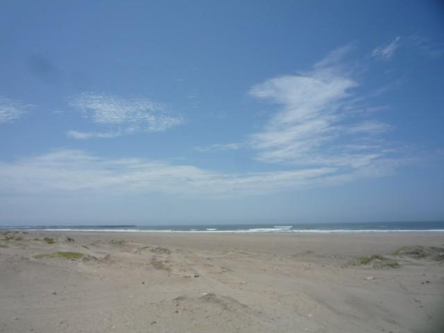 Небо. Дюны. Океан.