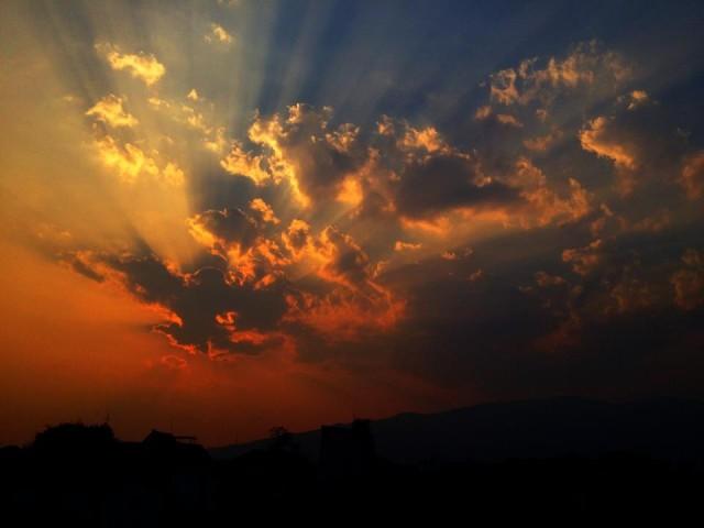 Небо над Чианг Маем.