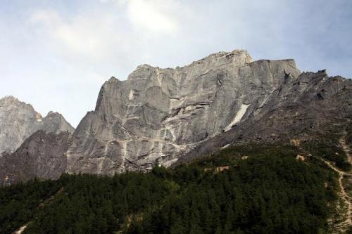 Гора Дворец Потала