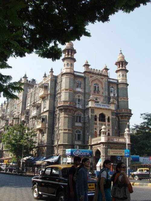 где-то на улицах Мумбая