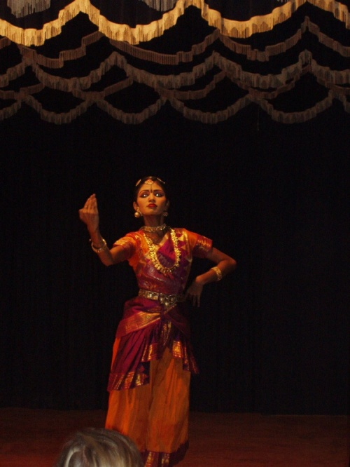 танцовщица 1