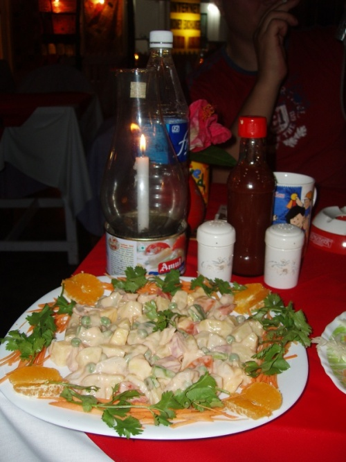 ну какой же русский салат без ананасов?
