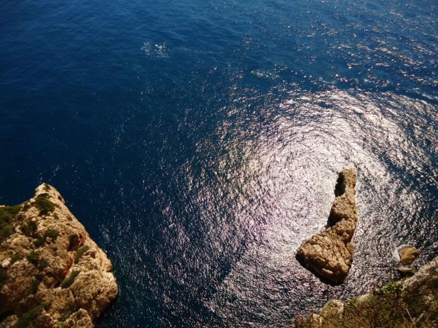 море под маяком Faro Cabo La Nao