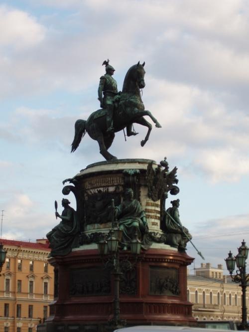 памятник Николаю I
