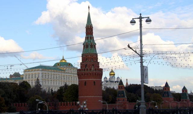 Водовзводная башня с рубиновой звездой
