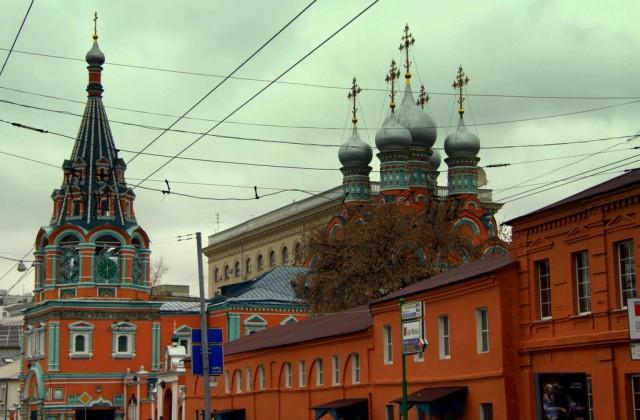 Церковь Григория Неокесарийского, построенная мастерами Иваном Кузнечиком и Карпом Губой в  1662-79 гг.