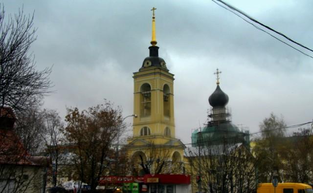 Церковь Успения Пресвятой Богородицы  была построена в 1695 г, а в 1922 обезглавлен и закрыт. Восстановлен в 90-е годы