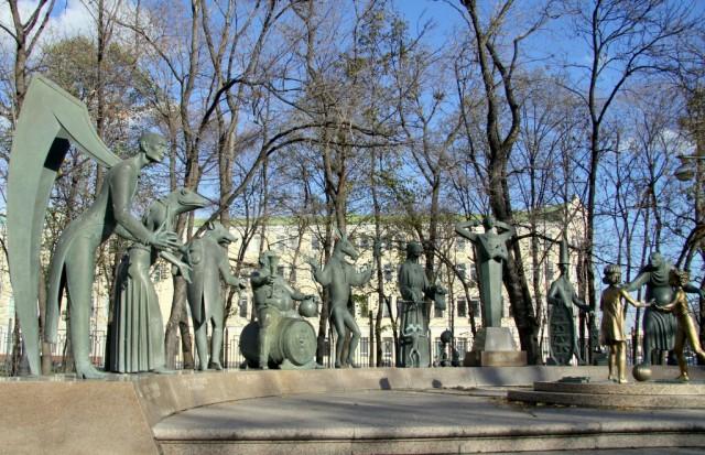 Памятник детям – жертвам взрослых пороков