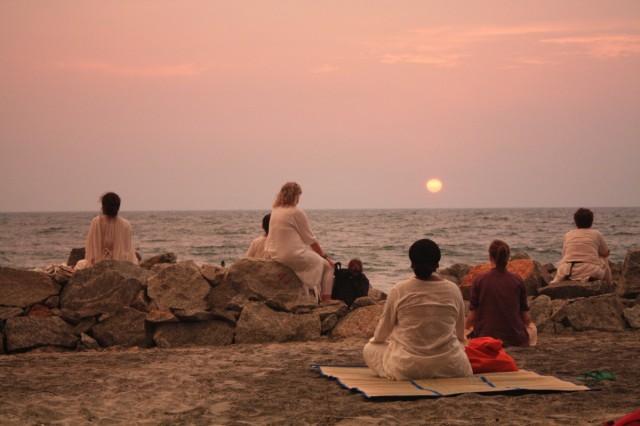 Медитация на берегу