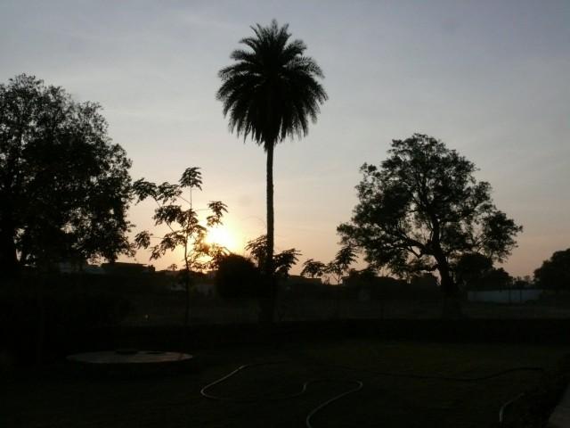 Закат в Кхаджурахо.