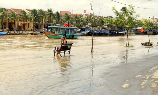 Обильные дожди притопили улицы