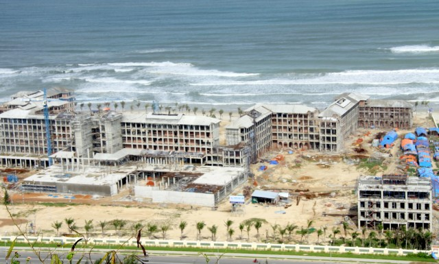 Строят свежие  отели