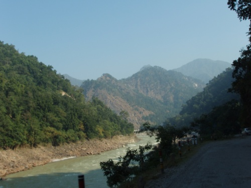 дорога к Нилакантха Махадев