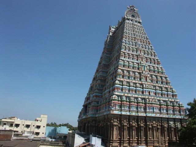 Радж-гопурам - главный вход в Шрирангам