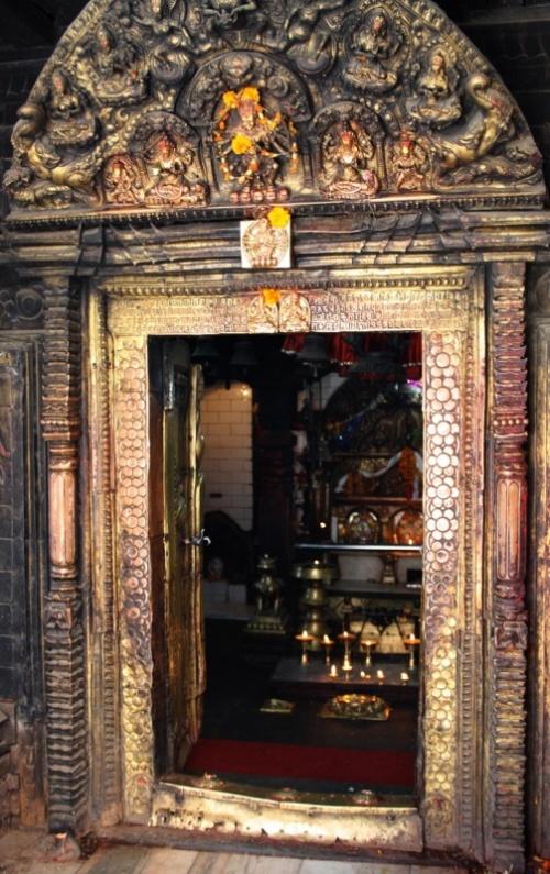 Вход в храм богини Кали