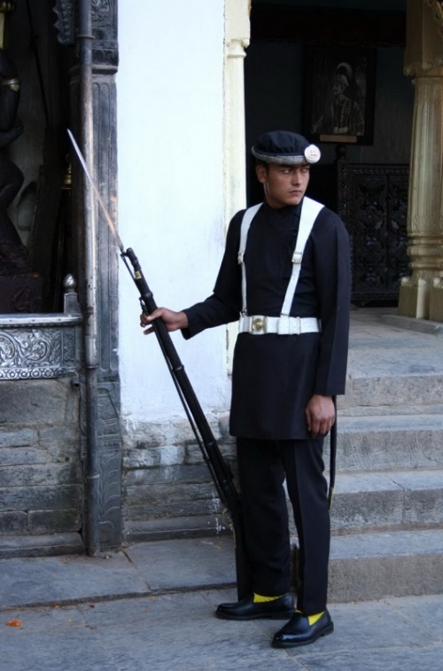 и еще гвардеец