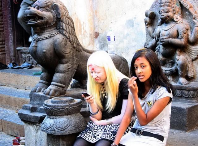 непальская блондинка