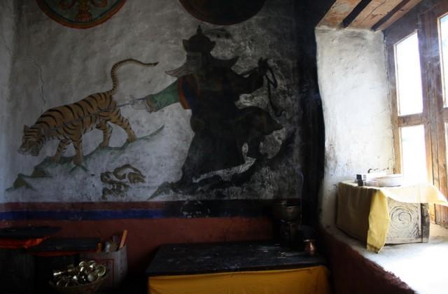 роспись на стене буддийского храма
