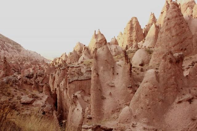 """Красная долина, через нее мы пытались """"прорваться"""" к Гереме"""